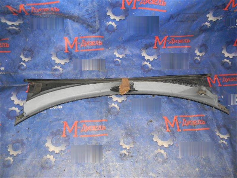 Решетка под лобовое стекло Subaru Forester SG5 EJ20 2005