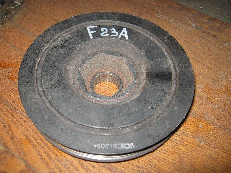 Шкив коленвала Honda Accord Wagon CF6 F23A 2001 передний