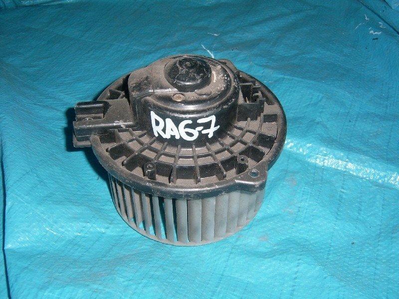 Мотор отопителя Honda Odyssey RA6 передний