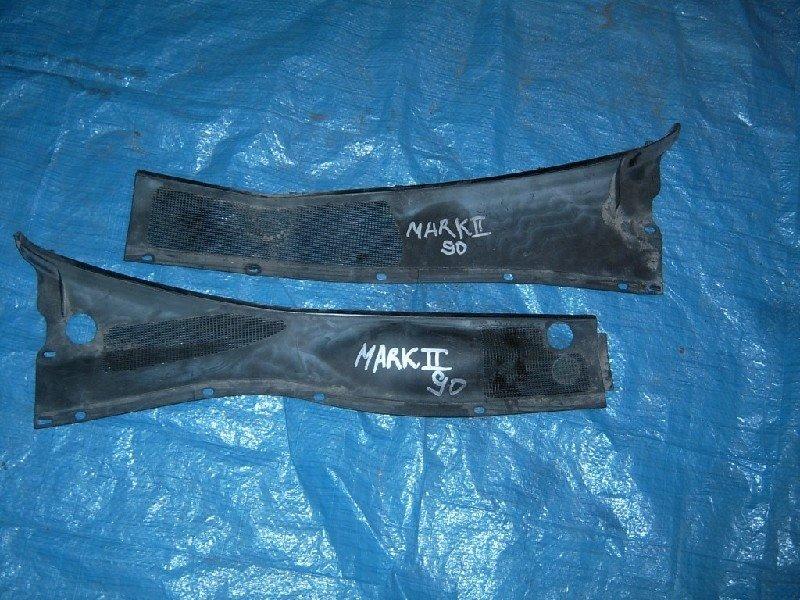 Решетка под лобовое стекло Toyota Mark Ii JZX90 1994