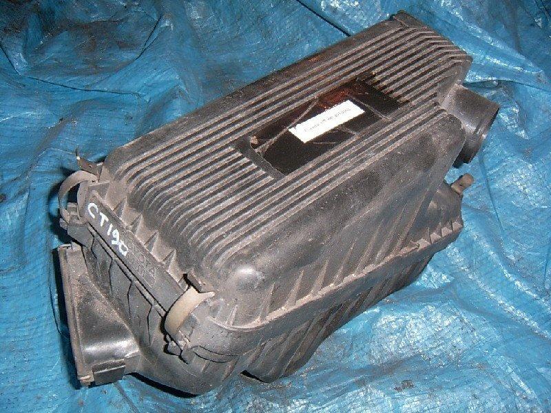 Корпус воздушного фильтра Toyota Corona ST190 2C