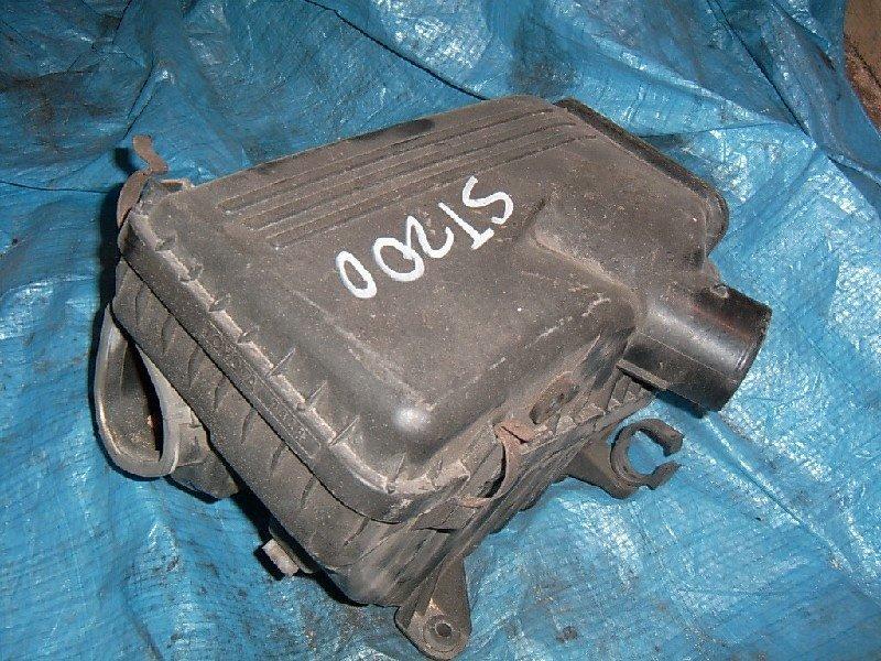 Корпус воздушного фильтра Toyota Carina Ed ST200 1998