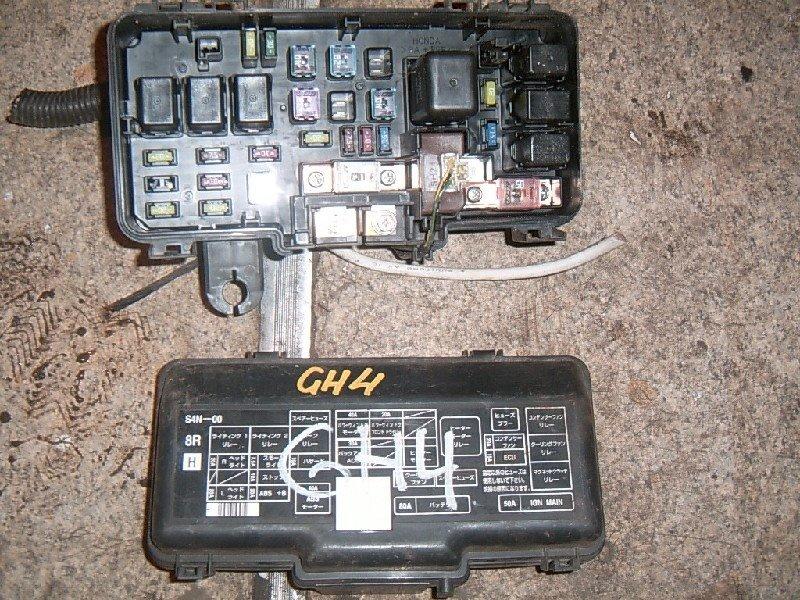Блок предохранителей Honda Hr-V GH3 D16A 2001
