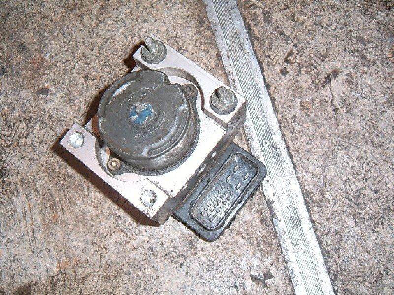 Блок abs Toyota Ipsum ACM21W 2003