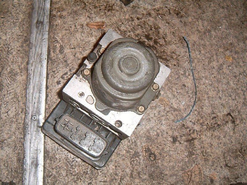 Блок abs Toyota Corona Premio ST210 1998
