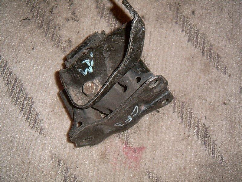 Подушка двигателя Honda Torneo CF3 F18B правая