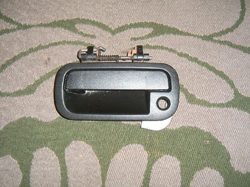 Ручка двери внешняя Nissan Avenir PNW10 передняя левая
