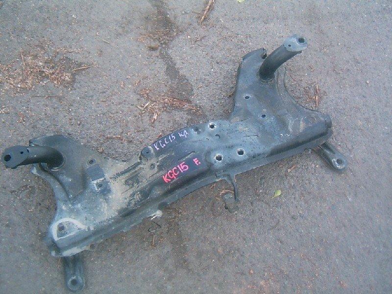 Балка поперечная Toyota Passo KGC15 2005 передняя