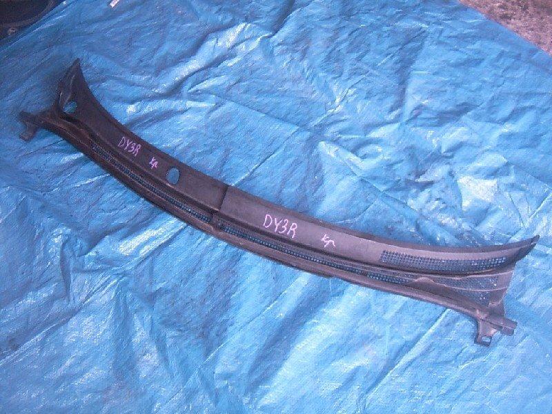 Решетка под лобовое стекло Mazda Demio DY3R 2003