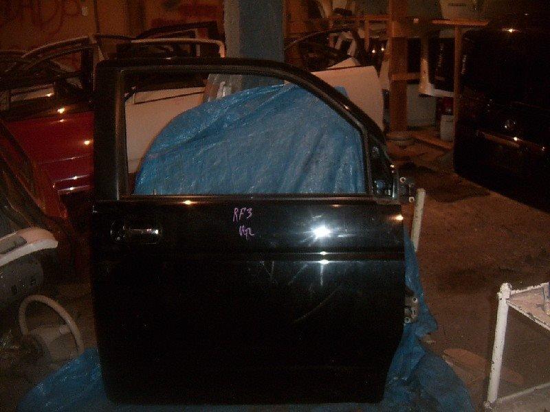 Дверь боковая Honda Step Wagon RF3 передняя правая