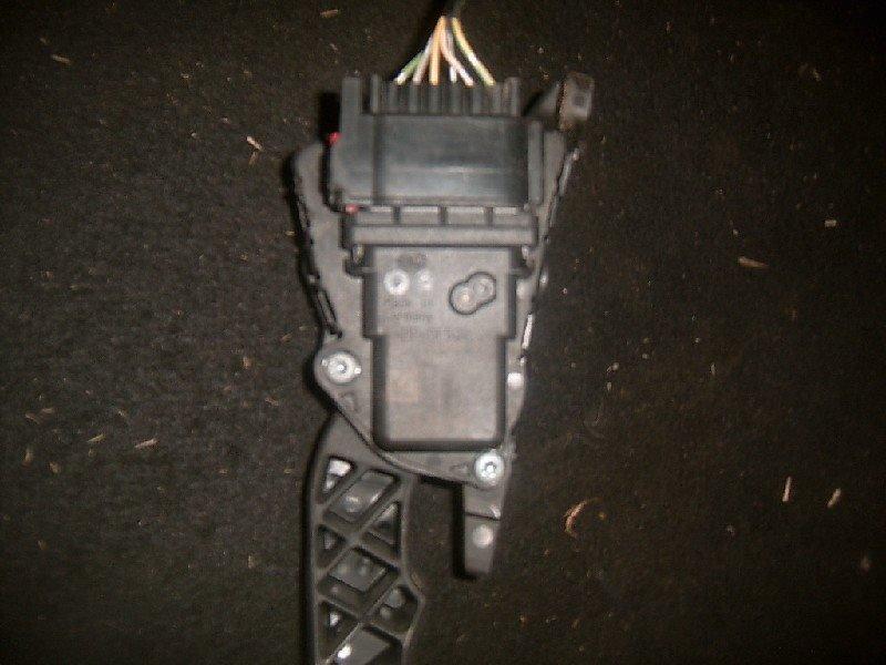 Датчик положения педали акселератора Mazda Mazda 3 BKEP