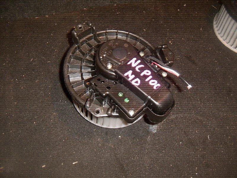 Мотор отопителя Toyota Ractis NCP100