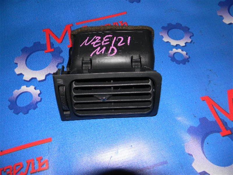 Дефлектор воздушный Toyota Corolla NZE121 1NZ-FE 2003 правый