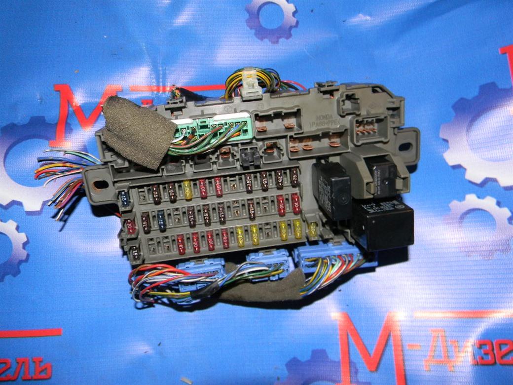 Блок предохранителей Honda Cr-V RD1 B20B 2000