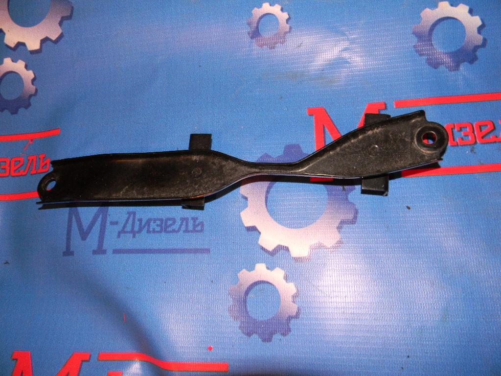 Крепление аккумулятора Toyota Camry ACV30 2AZ-FE 2005