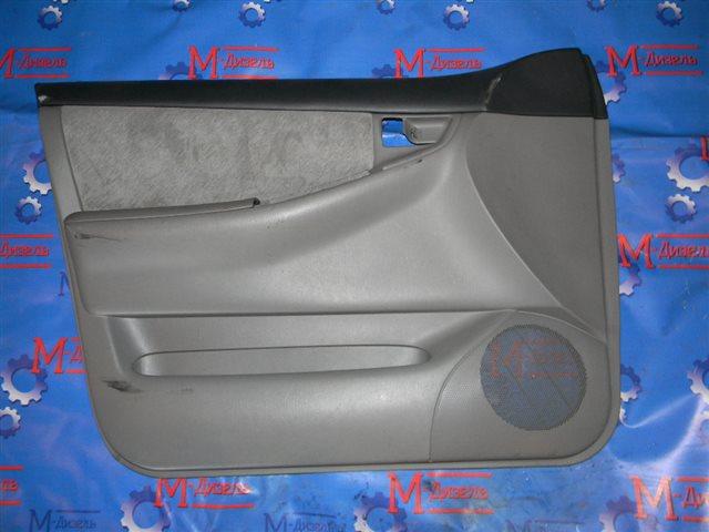 Обшивка двери Toyota Corolla NZE121 1NZ-FE`` 2000 передняя левая