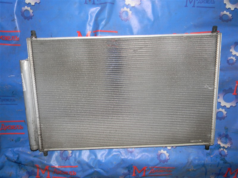 Радиатор кондиционера Toyota Wish ZGE20G 2ZR-FE 2010