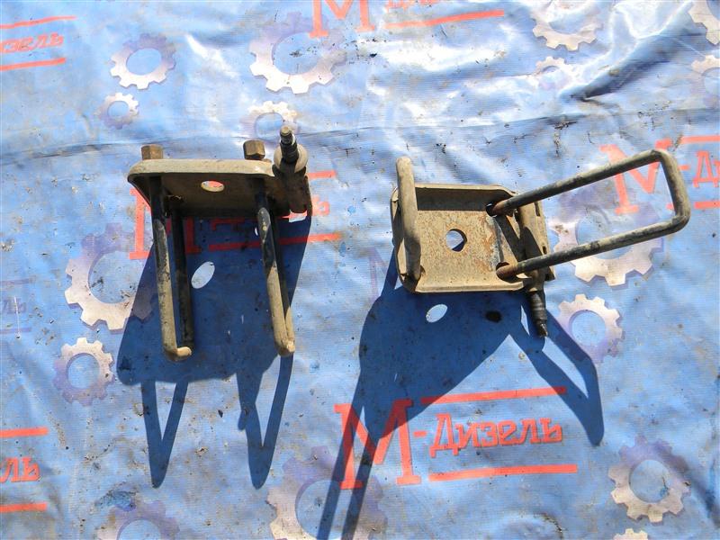 Стремянка рессоры Isuzu Elf NKR71E 4HG1 2001