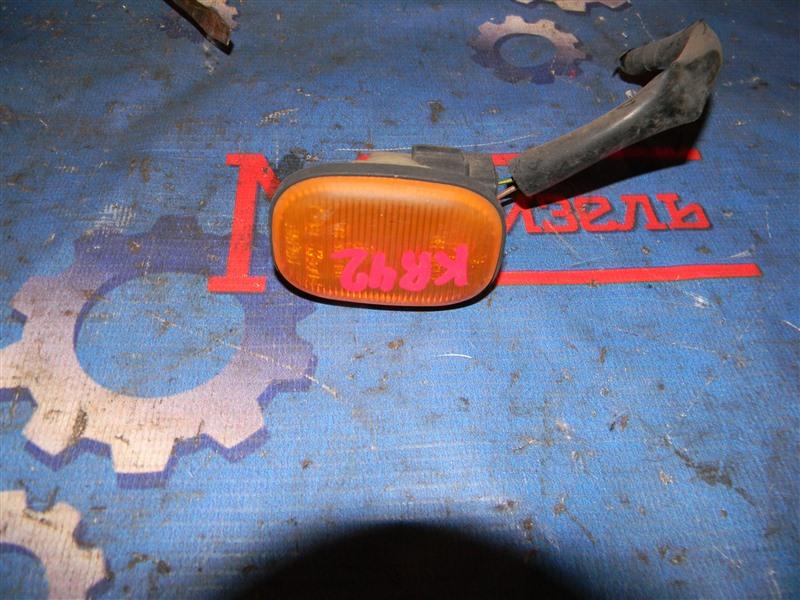 Повторитель в крыло Toyota Townace Noah KR42V 7K-E 2002