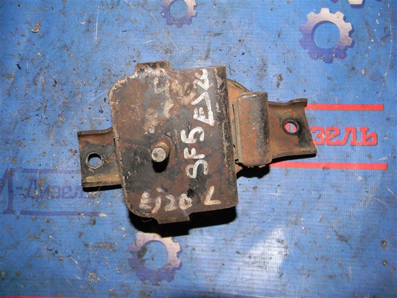Подушка двигателя Subaru Forester SF5 EJ20 2001 левая