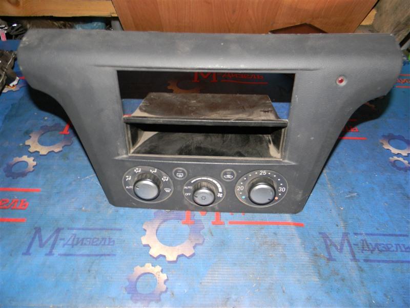 Блок управления климат-контролем Mitsubishi Airtrek CU4W 4G64 2003