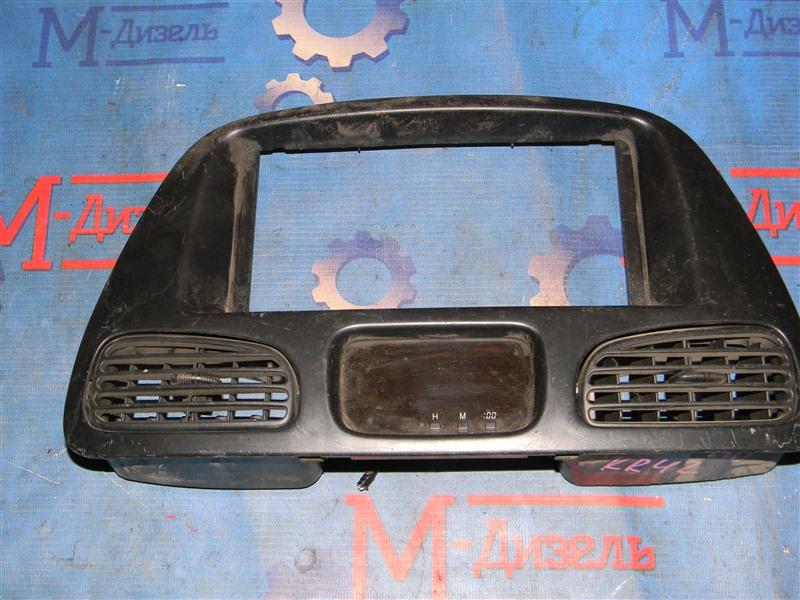 Рамка магнитофона Toyota Liteace Van KR42 7K-E 2000