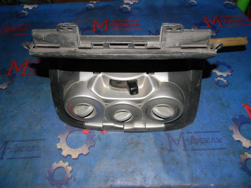Блок управления климат-контролем Toyota Passo KGC10 1KR-FE 2005