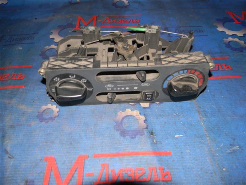 Блок управления климат-контролем Toyota Duet M100A K3-VE