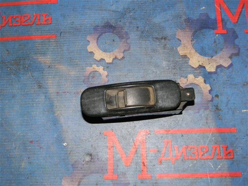 Кнопка стеклоподъемника Mitsubishi Lancer CS3A 4G18 2003 задняя правая