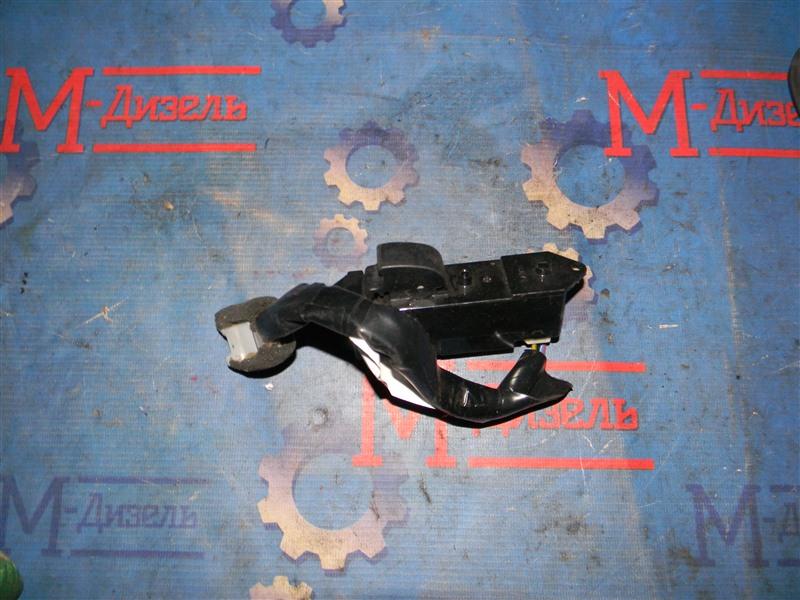 Кнопка стеклоподъемника Mitsubishi Outlander Xl CW5W 4B12 2007 передняя левая