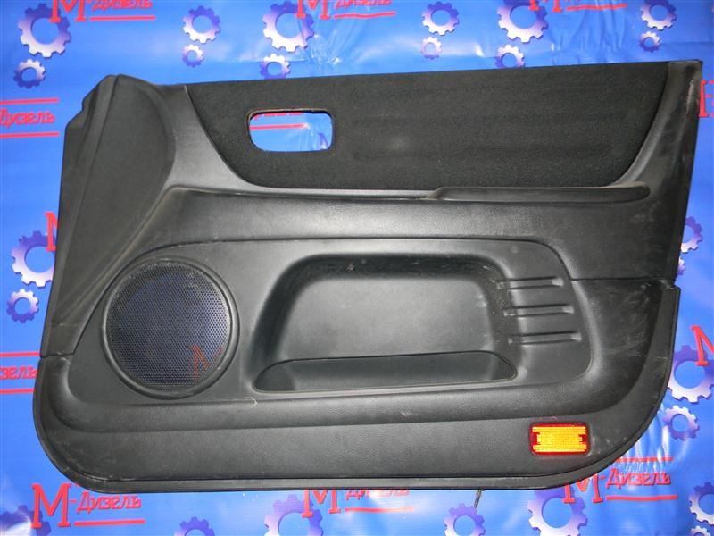 Обшивка двери Toyota Altezza SXE10 3S-GE 2001 передняя правая