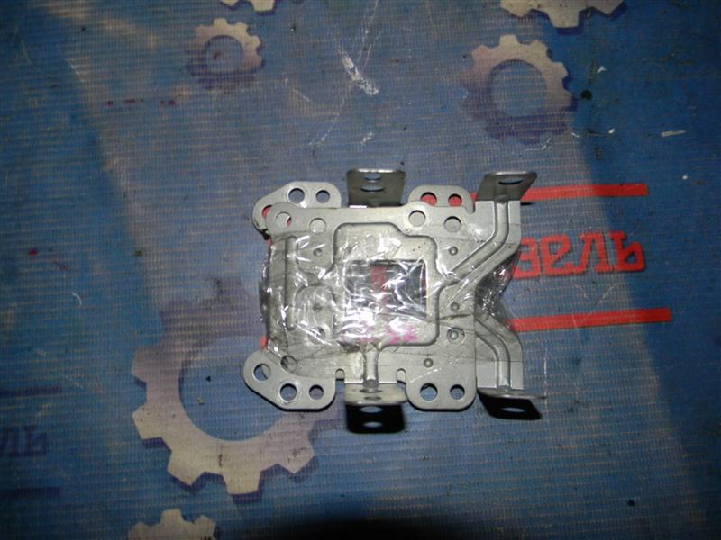 Крепление автомагнитолы Toyota Townace Noah CR52 3CE 2004