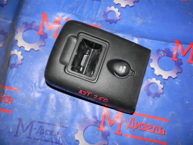 Розетка Toyota Avensis AZT250 1AZ-FSE 2007