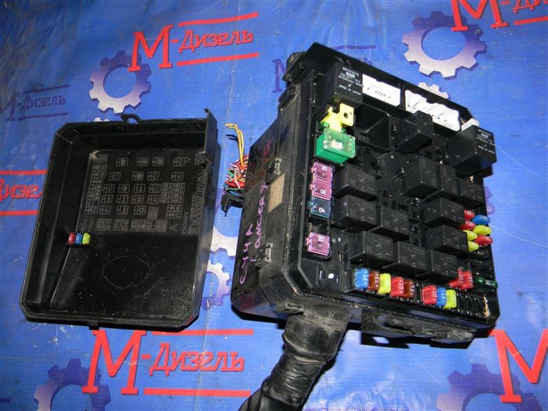 Блок предохранителей Mitsubishi Lancer X CY4A 4B11 2007