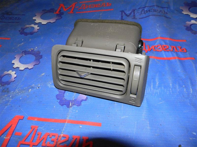 Дефлектор воздушный Toyota Corolla NZE124 1NZ-FE 2000 передний правый