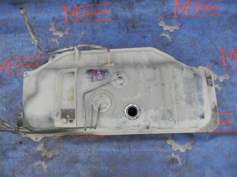 Бензобак Toyota Townace Noah CR52 3CE 2004