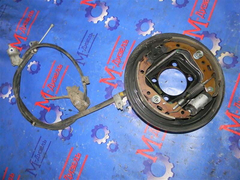 Колодки тормозные Toyota Vitz KSP90 1KR-FE 2009 задние правые