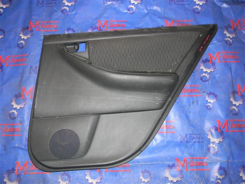 Обшивка двери Toyota Corolla Fielder NZE121 1NZ-FE 2002 задняя правая