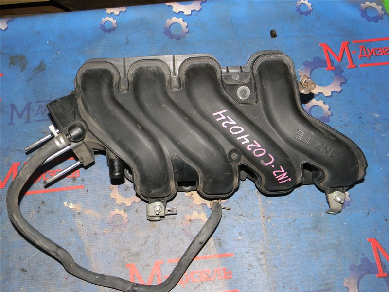 Коллектор впускной Toyota Corolla Fielder NZE121 1NZ-FE 2006