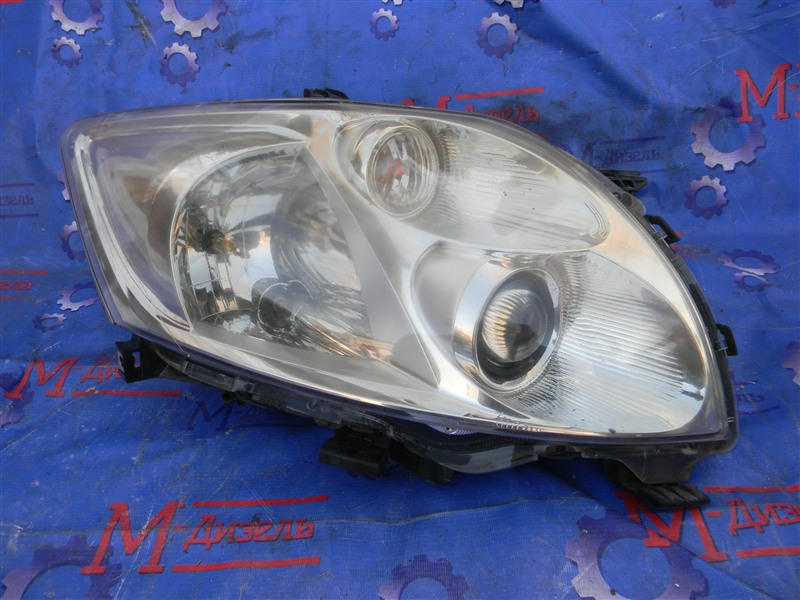 Фара Toyota Auris NZE151 1NZ-FE 2008 передняя правая