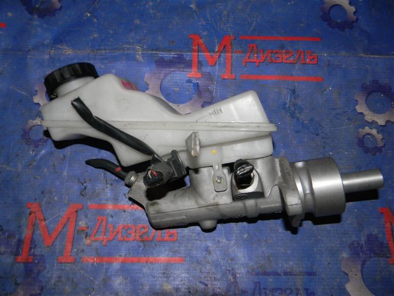Главный тормозной цилиндр Toyota Avensis AZT250 1AZ-FSE 2008