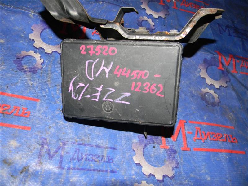 Блок abs Toyota Corolla Fielder ZZE124 1ZZ-FE 2002