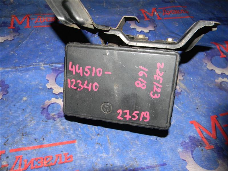 Блок abs Toyota Corolla Fielder ZZE123 2ZZ-GE 2000