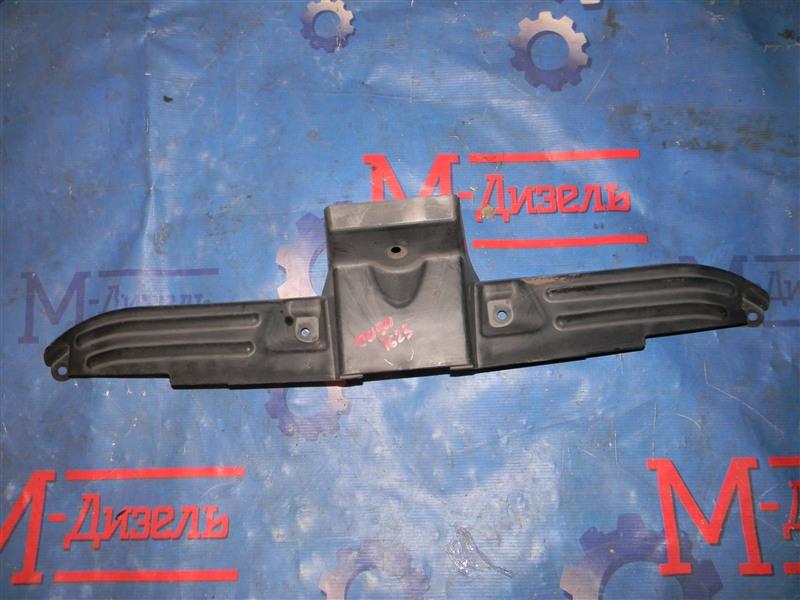 Накладка на решетку радиатора Mitsubishi Outlander Xl CW5W 4B12 2005