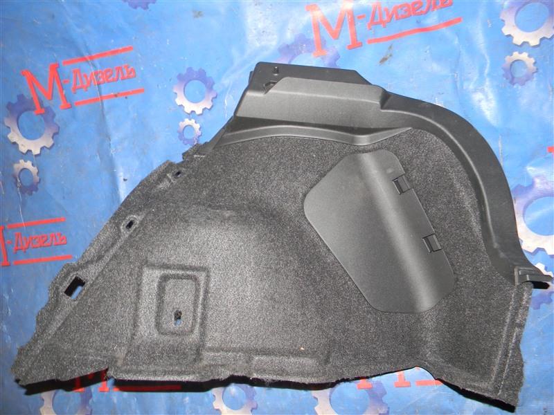 Обшивка багажника Toyota Auris ZRE152 2ZR-FAE 2010 задняя правая