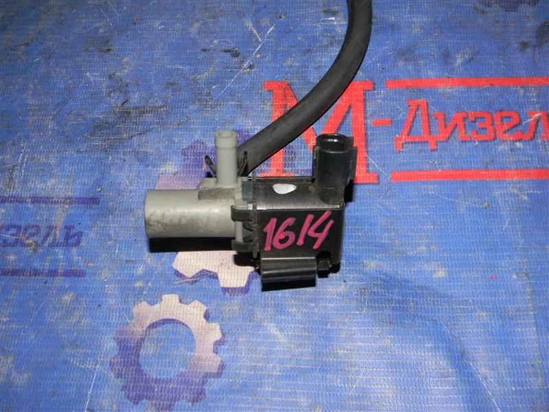 Датчик вакуумный Toyota Corolla NZE121 1NZ-FE 2004
