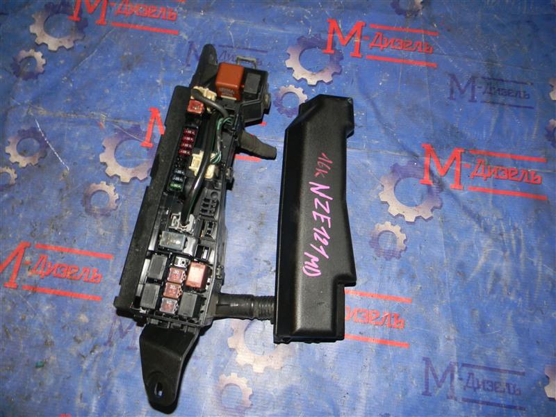 Блок предохранителей Toyota Auris NZE151 1NZ-FE 2008