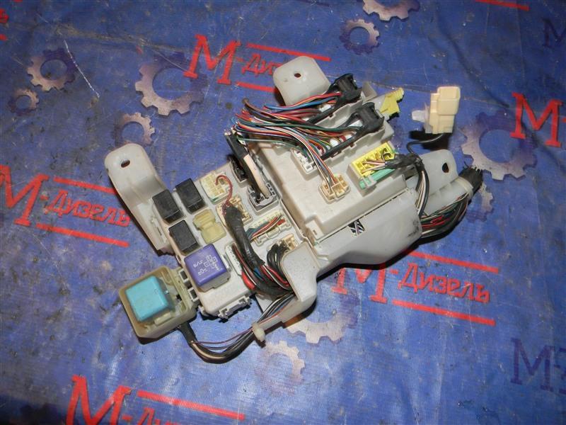 Блок предохранителей Toyota Camry ACV40 2AZ-FE 2006