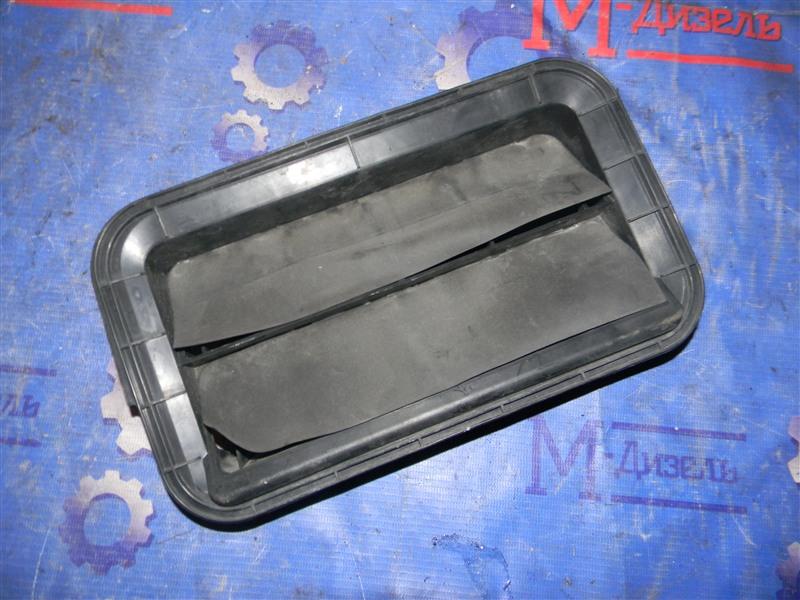 Решетка вентиляции в багажник Toyota Camry ACV40 2AZ-FE 2006 задняя правая