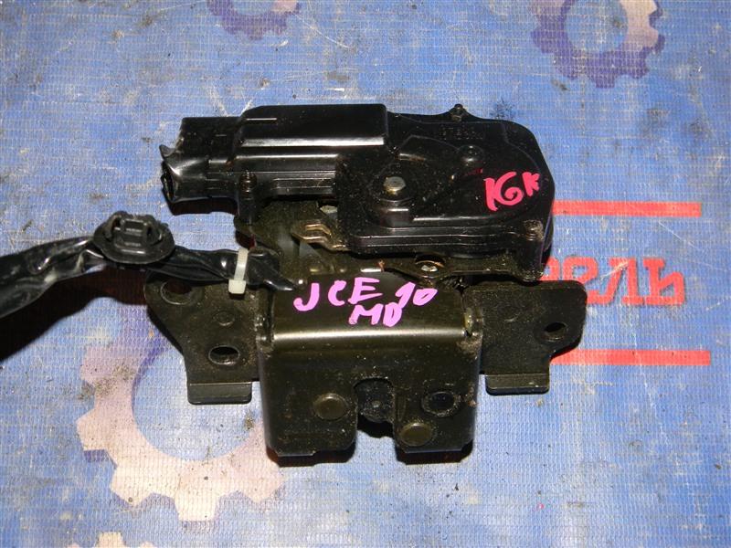 Замок багажника Toyota Altezza Gita JCE10 2JZ-GE 2004